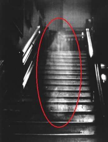 Creepy-photos-you-wont-believe-exist-02