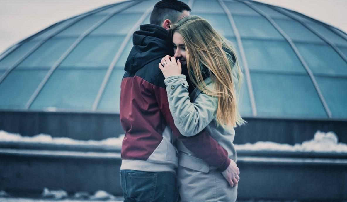 how-to-impress-girlfriend-valentines-day-01