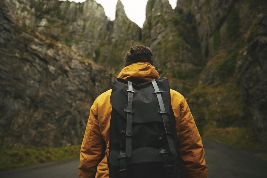 why-you-should-travel-alone-feat