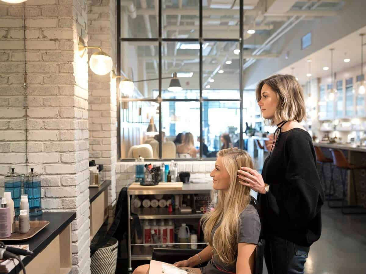 4 Reasons Why You Should Start Doing Salon Marketing