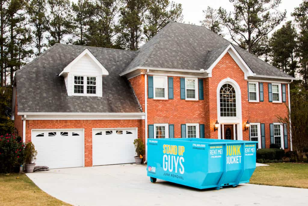 Why You Should Hire a Dumpsters Rental Services?
