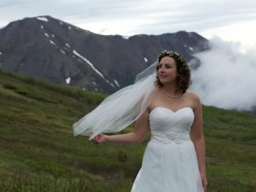3 Tips to Find The Best Wedding Dress on Budget