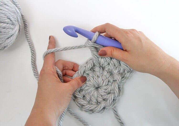 Knitting versus Crocheting