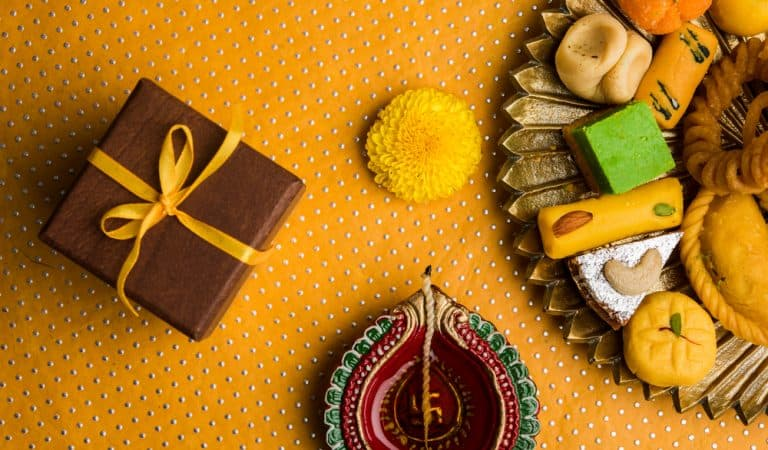 5 Thoughtful Diwali Gifts For Your Loved One!