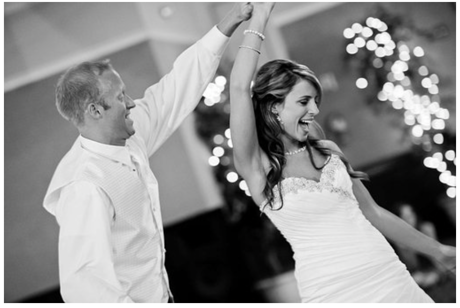 Surprise Your Wedding Guests With A Fabulous Experience With These Ideas