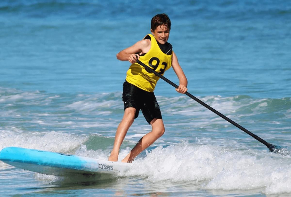 paddling paddle board