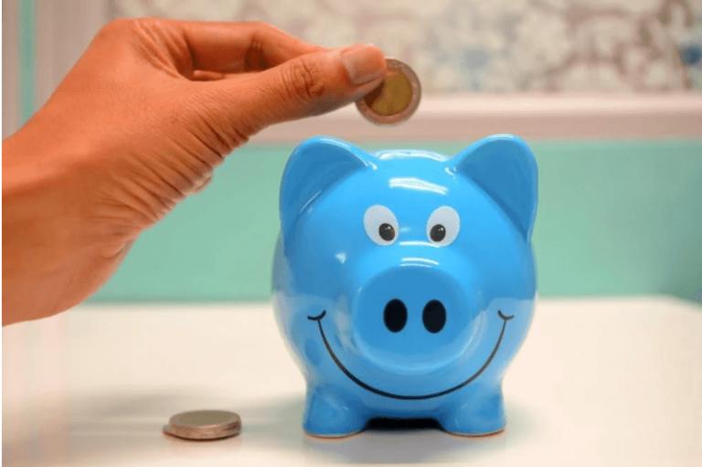 coins piggy bank