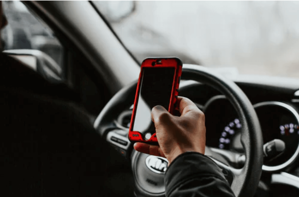 Distracted Driving In A Car Accident: How To Prove Fault