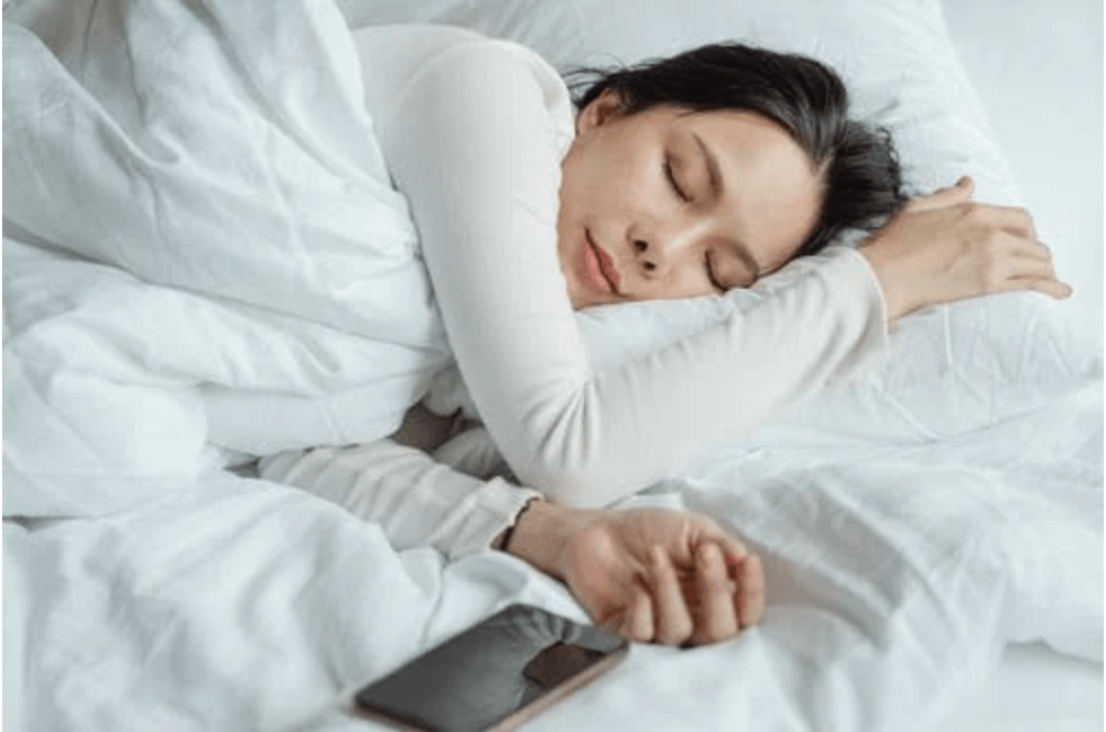 These 6 Changes In The Bedroom Can Help You Achieve Healthy Sleep