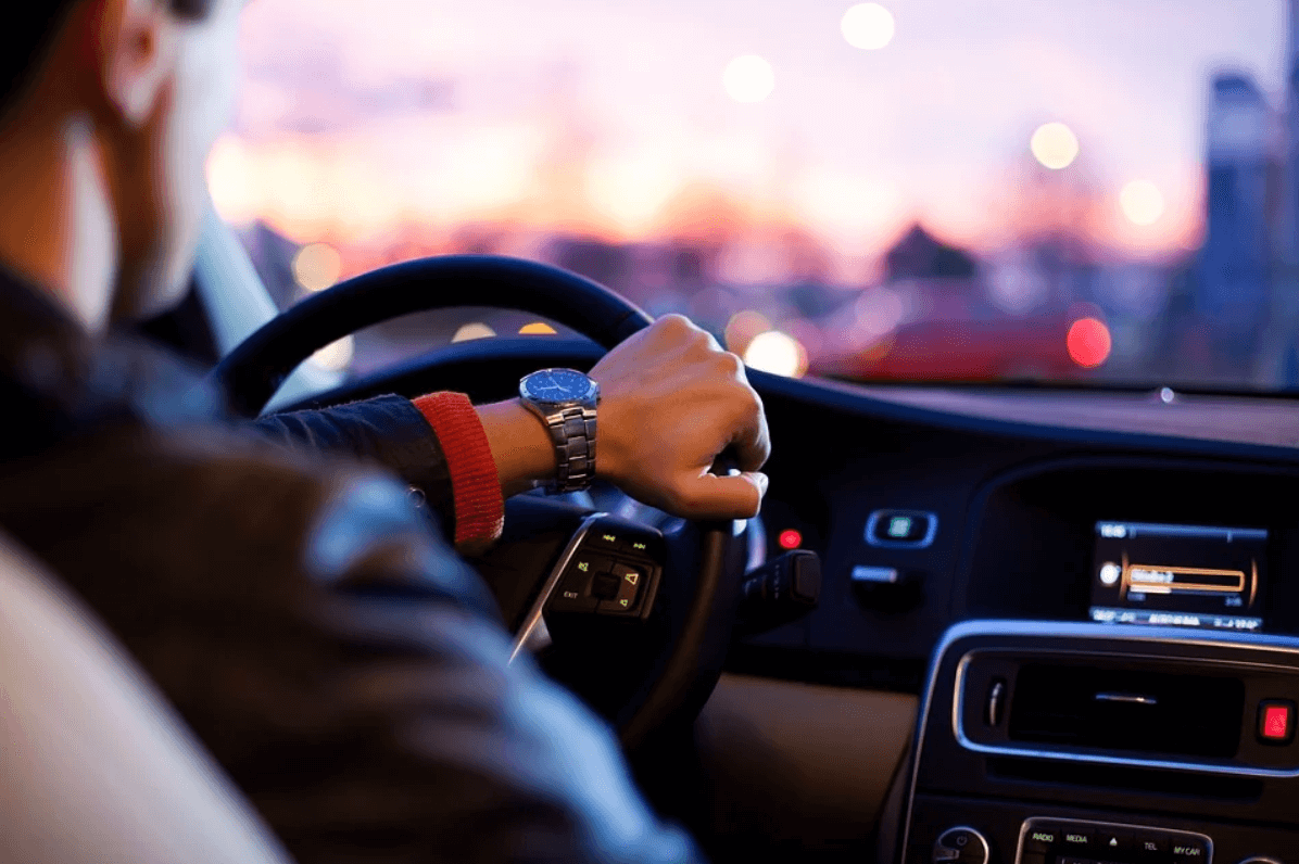 Get Over The Fear Of Driving Alone With These 7 Tips