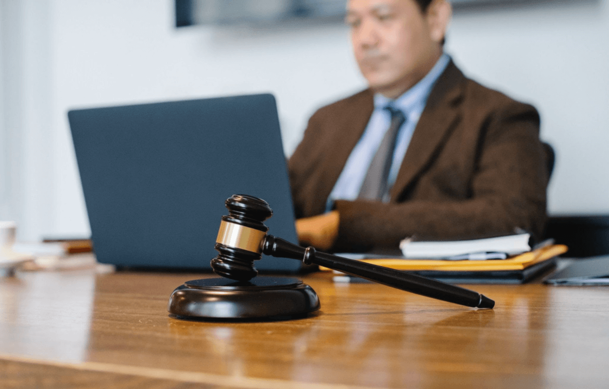 Tips On How To Find A Suitable Criminal Defense Lawyer